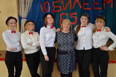 Школе № 10 исполнилось 65  лет