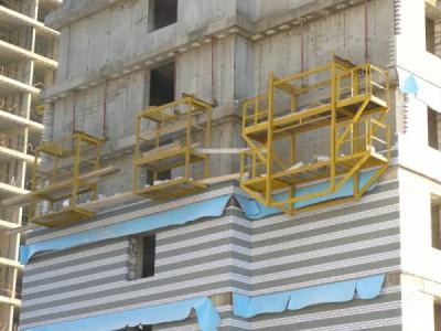 В Смоленске на стройплощадке у общежития СГАФКСиТ разбился рабочий