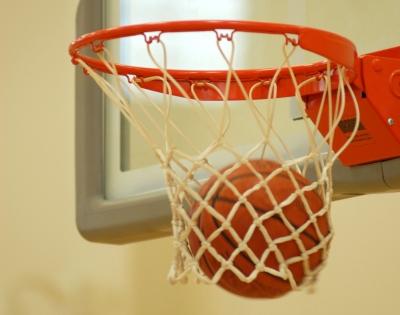Смоленские баскетболисты поборолись за кубок «Фризхолд Мастер»