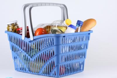 Магазины хотят штрафовать за завышение цен на продукты