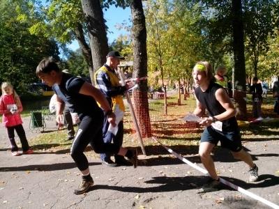 Более 300 спортсменов вышли на старт соревнований по парковому ориентированию (ФОТО)
