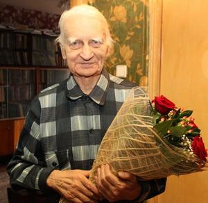 Смоленский поэт и краевед Юрий Пашков отметил юбилей